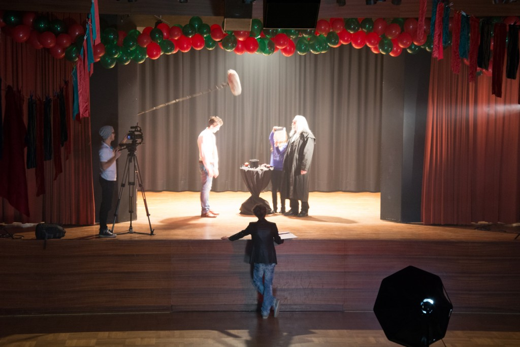 Prestigio_Dreh_Set_Kulisse_Theater_Curd_Regie